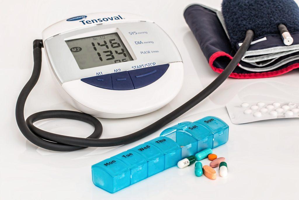 Urządzenia medyczne i leki