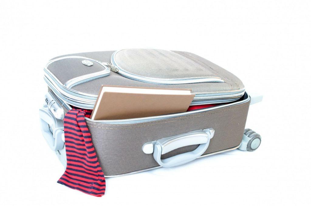co-powinno-znalezc-sie-w-walizce-opiekunki