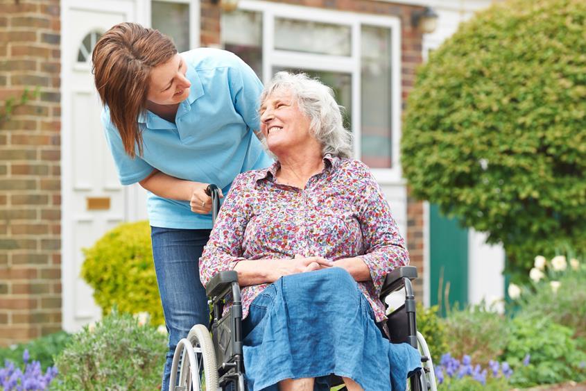 Zarabianie jako opiekun osób starszych w Niemczech